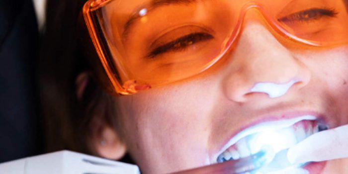 Jakie zabiegi estetyczne może wykonać stomatolog?