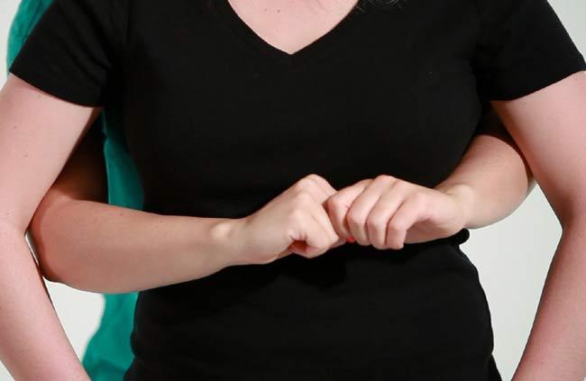 Na czym polega chwyt Heimlicha