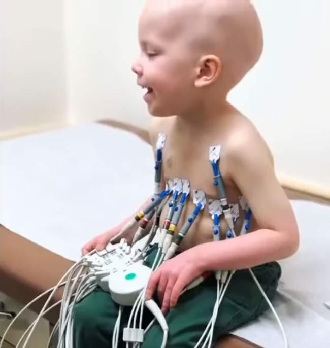 chłopiec z białaczką