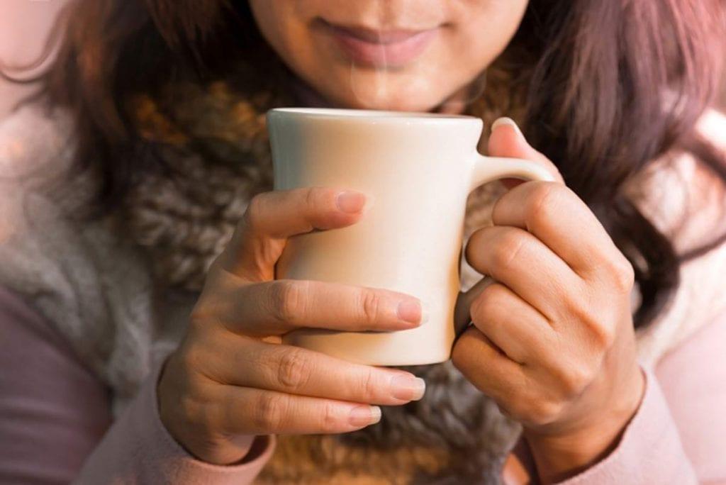 Picie kawy może zwalczyć migrenę