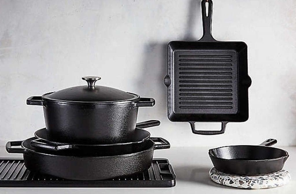 Żeliwne naczynia kuchenne