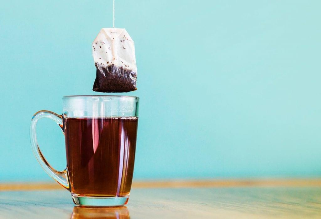 Czy herbaty ekspresowe zawierają barwniki?
