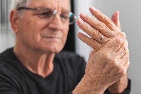 Choroba zwyrodnieniowa – operacja czy farmakoterapia