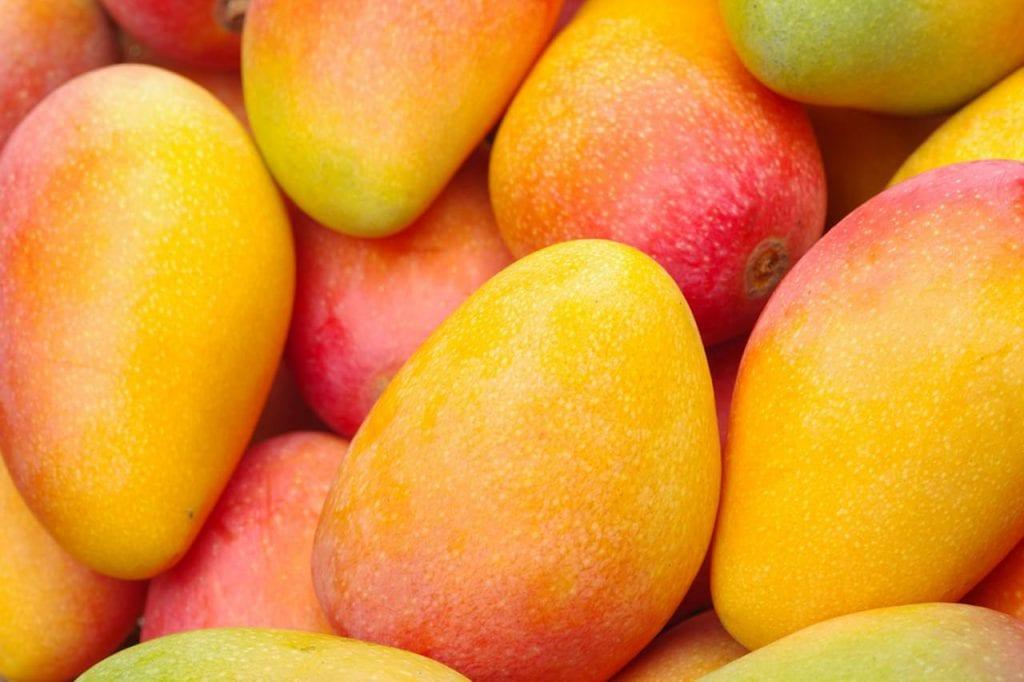 Jak owoc mango walczy z ciśnieniem?