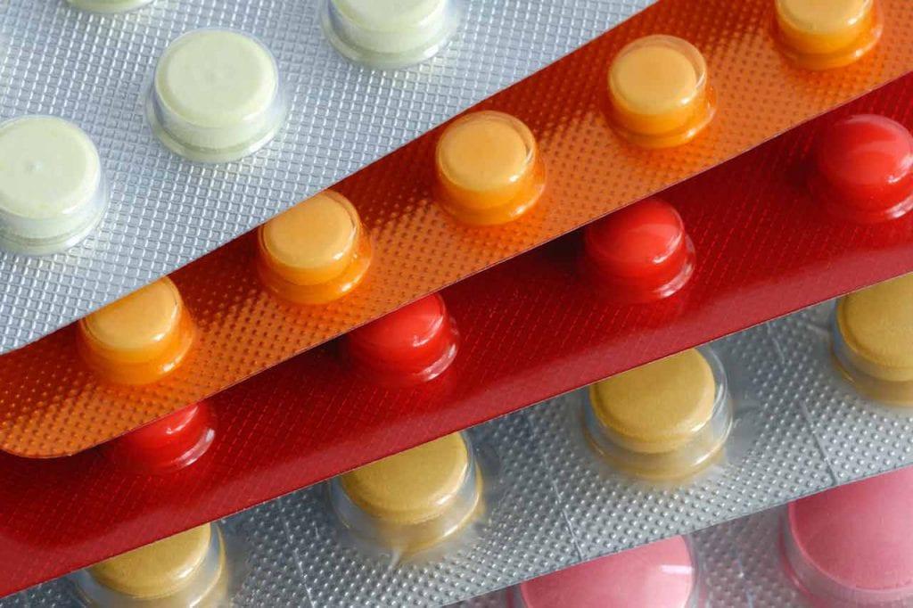 Tabletki czy krople?